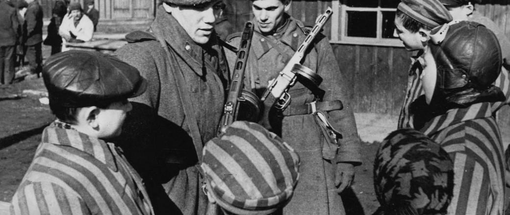 Comment oser commémorer Auschwitz sans les Russes?